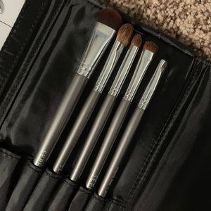 🆕 Sephora Smokey Eye brush set